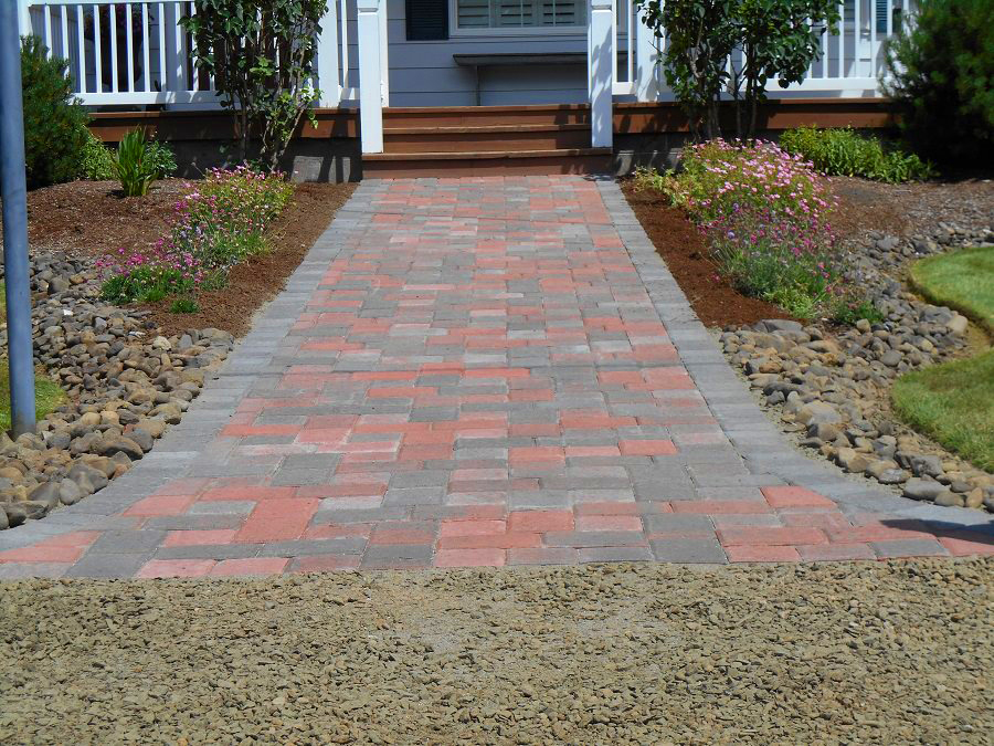 Bay city landscaping company pavers north coast lawn for Landscaping companies